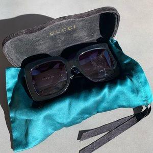 Big square Gucci sunglasses